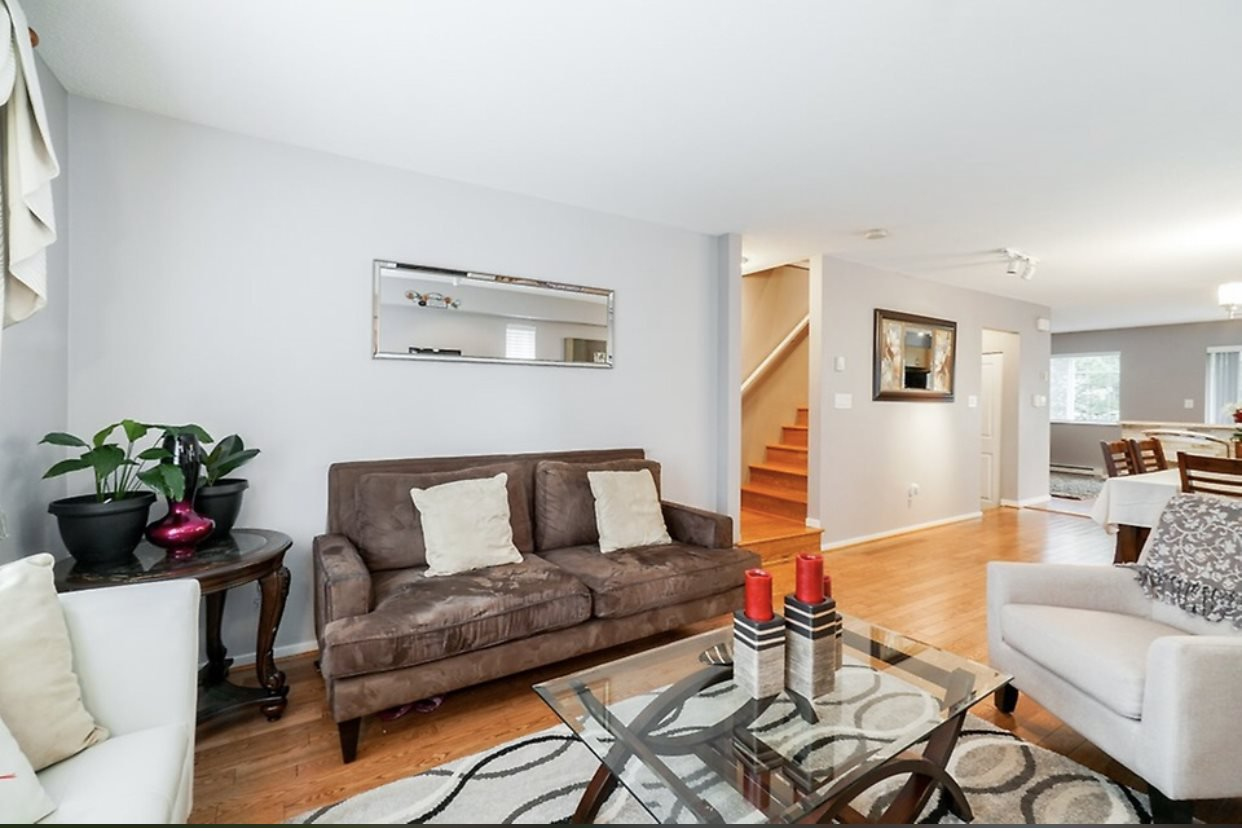 Main Photo: 48 15175 62A Avenue in Surrey: Sullivan Station Townhouse for sale : MLS®# R2329074