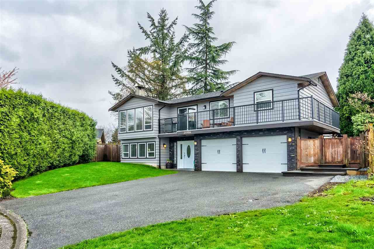 "Main Photo: 20906 125TH Avenue in Maple Ridge: Northwest Maple Ridge House for sale in ""Chilcotin Park"" : MLS®# R2358401"