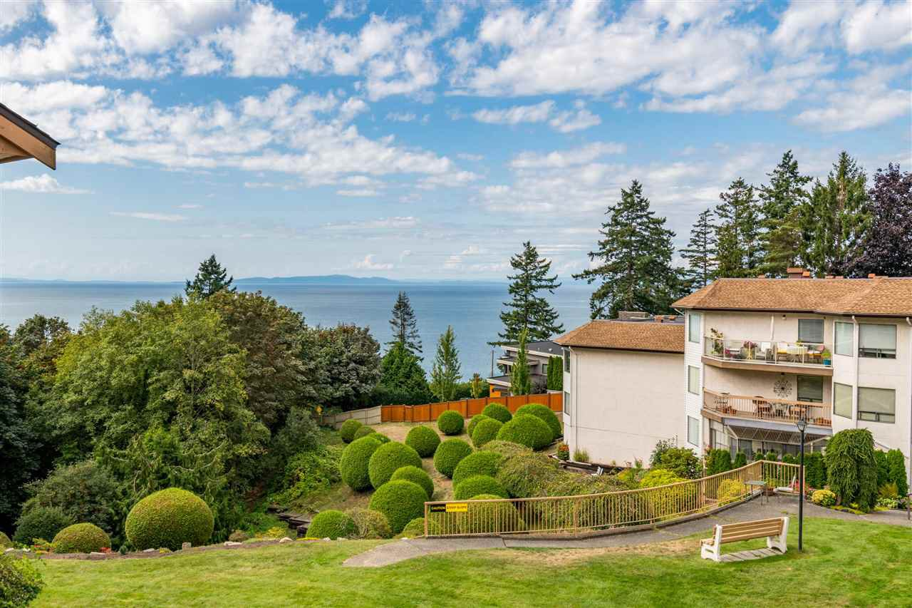 "Main Photo: 406 1350 VIDAL Street: White Rock Condo for sale in ""SEAPARK EAST"" (South Surrey White Rock)  : MLS®# R2433543"