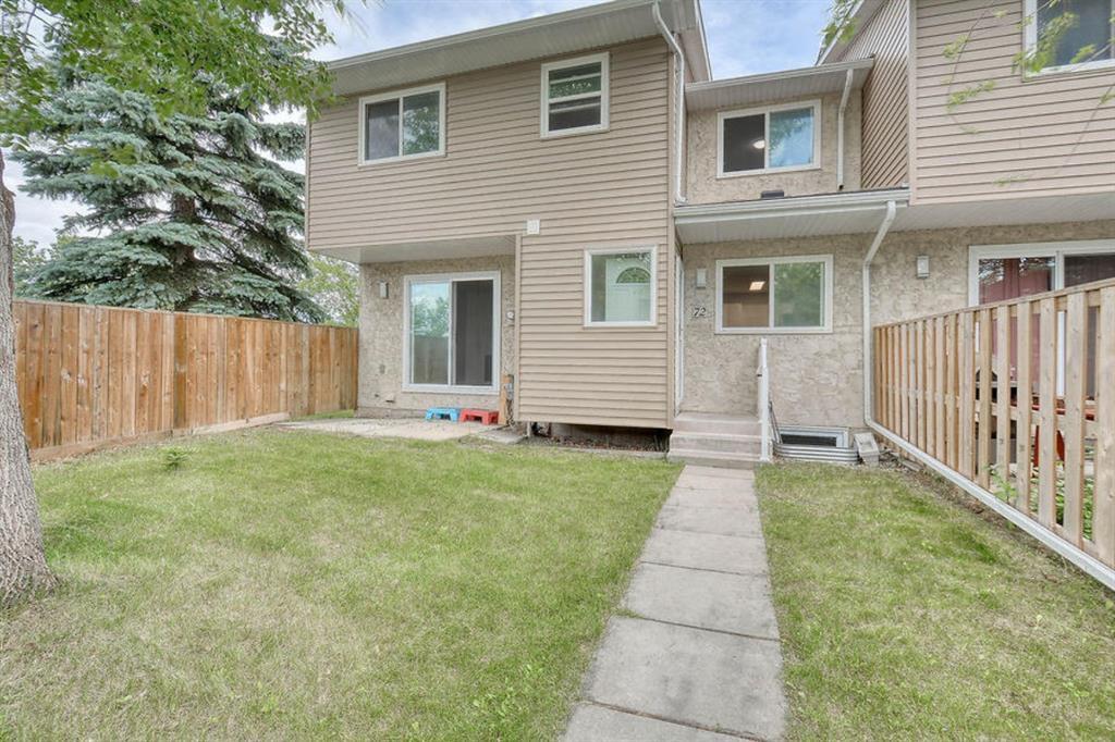 Main Photo: 72 5520 1 Avenue SE in Calgary: Penbrooke Meadows Row/Townhouse for sale : MLS®# A1018683