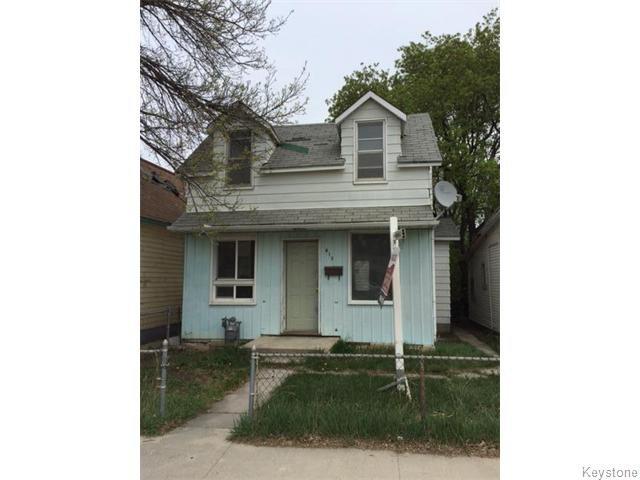 Main Photo: 613 Herbert Avenue in WINNIPEG: East Kildonan Residential for sale (North East Winnipeg)  : MLS®# 1526543