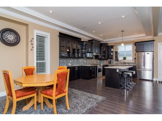 """Photo 6: Photos: 21167 77A Avenue in Langley: Willoughby Heights House for sale in """"YORKSON SOUTH"""" : MLS®# R2032581"""