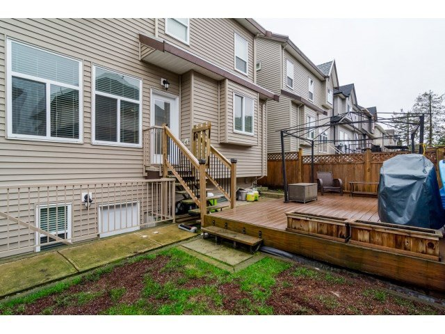 """Photo 2: Photos: 21167 77A Avenue in Langley: Willoughby Heights House for sale in """"YORKSON SOUTH"""" : MLS®# R2032581"""