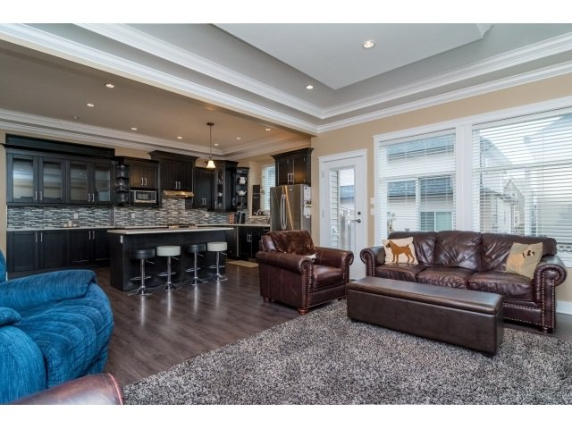 """Photo 4: Photos: 21167 77A Avenue in Langley: Willoughby Heights House for sale in """"YORKSON SOUTH"""" : MLS®# R2032581"""