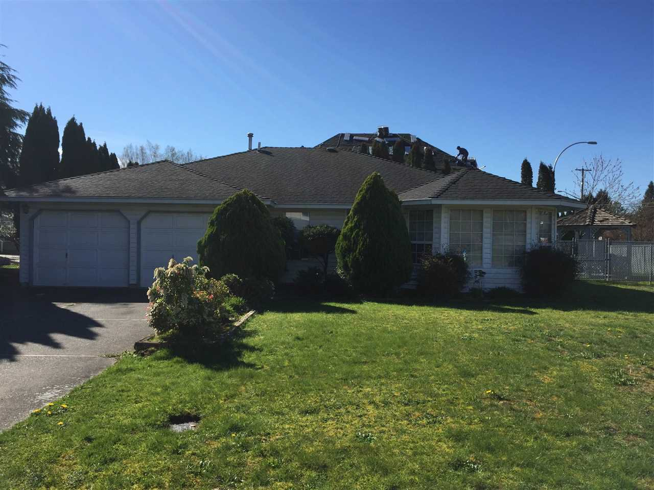 """Main Photo: 34808 SANDON Place in Abbotsford: Abbotsford East House for sale in """"McMillan"""" : MLS®# R2051428"""