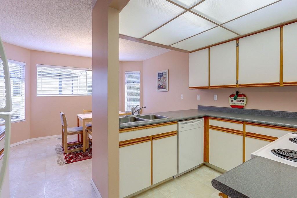 """Photo 7: Photos: 63 1195 FALCON Drive in Coquitlam: Eagle Ridge CQ Townhouse for sale in """"THE COURTYARDS"""" : MLS®# R2148279"""