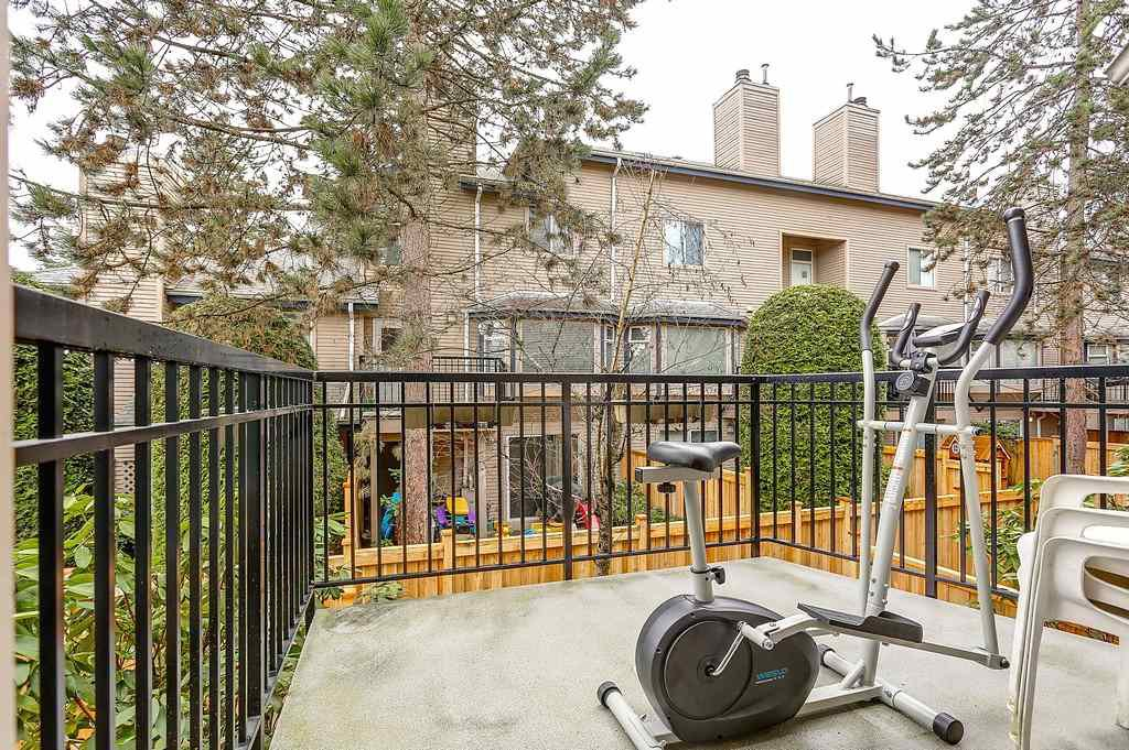 """Photo 6: Photos: 63 1195 FALCON Drive in Coquitlam: Eagle Ridge CQ Townhouse for sale in """"THE COURTYARDS"""" : MLS®# R2148279"""