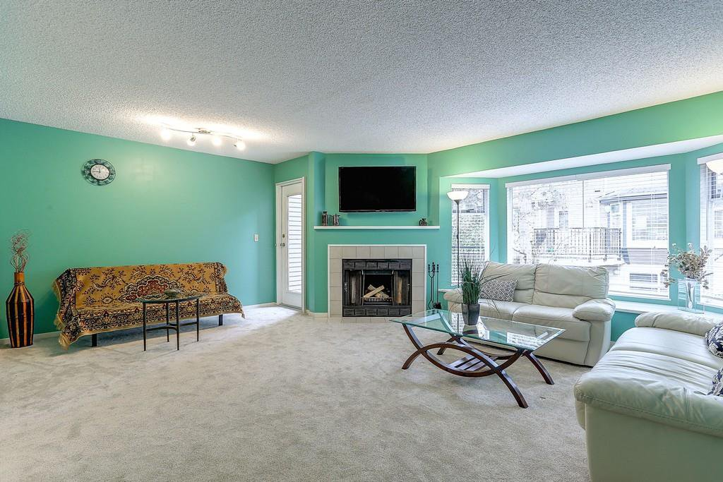 """Photo 3: Photos: 63 1195 FALCON Drive in Coquitlam: Eagle Ridge CQ Townhouse for sale in """"THE COURTYARDS"""" : MLS®# R2148279"""
