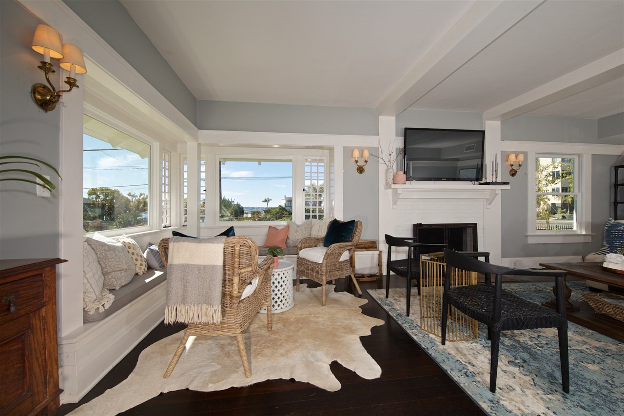 Photo 9: Photos: DOWNTOWN House for sale : 5 bedrooms : 2257 Front in San Diego