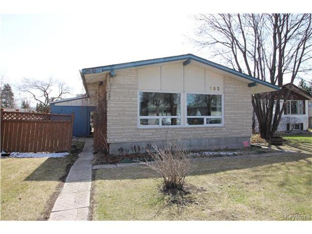 Main Photo: 582 Bruce Avenue in Winnipeg: Bruce Park Residential for sale (5F)  : MLS®# 1709669
