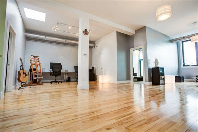 Main Photo: Videos: 207 99 Chandos Avenue in Toronto: Dovercourt-Wallace Emerson-Junction Condo for lease (Toronto W02)  : MLS®# W3896523