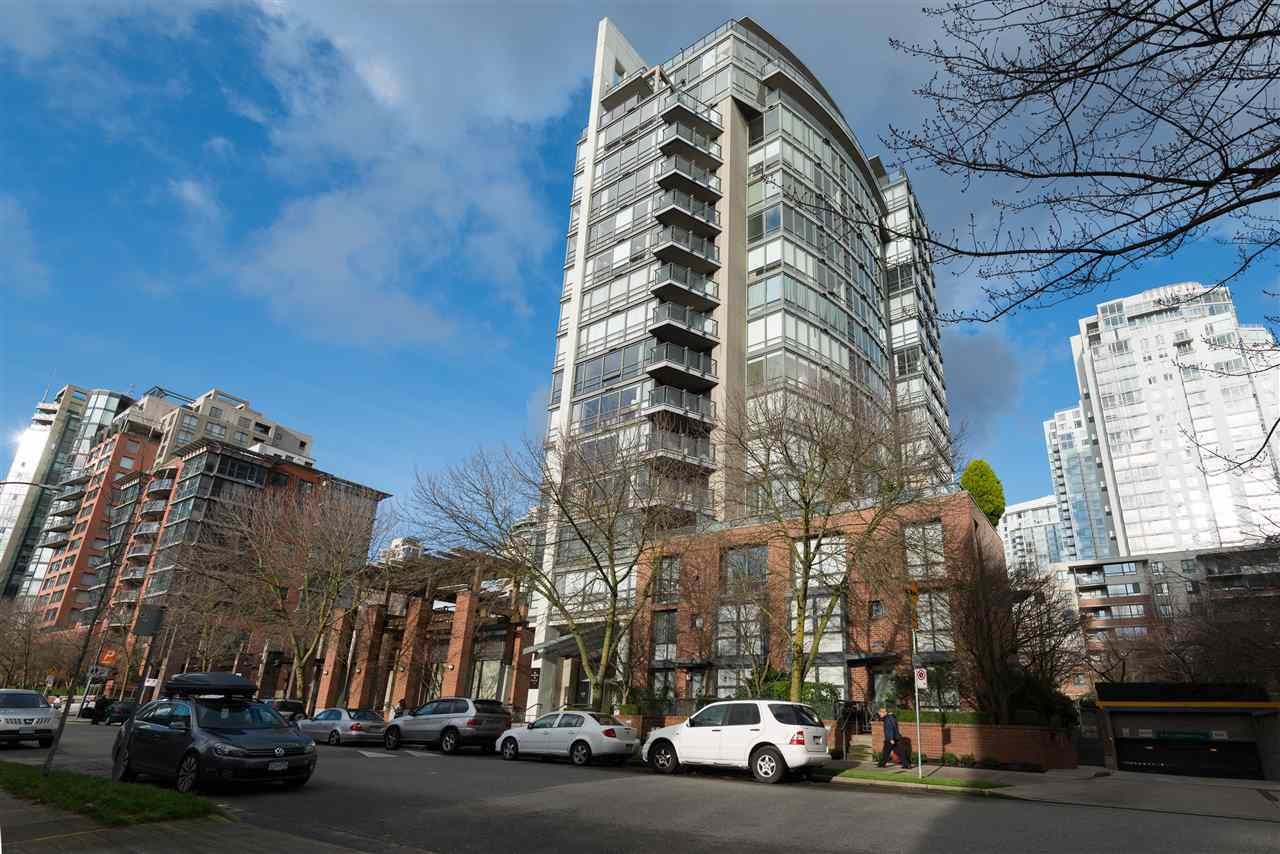 Main Photo: 6D 139 DRAKE STREET in : Yaletown Condo for sale : MLS®# R2030554