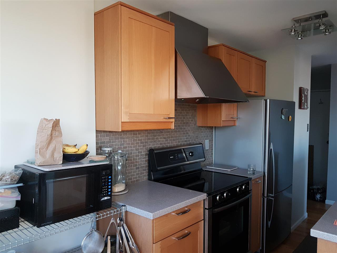 """Photo 7: Photos: 1603 1740 COMOX Street in Vancouver: West End VW Condo for sale in """"THE SANDPIPPER"""" (Vancouver West)  : MLS®# R2217411"""