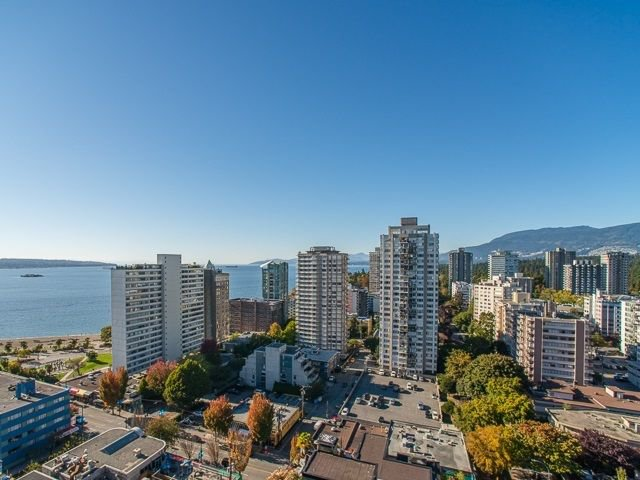 "Main Photo: 1603 1740 COMOX Street in Vancouver: West End VW Condo for sale in ""THE SANDPIPPER"" (Vancouver West)  : MLS®# R2217411"