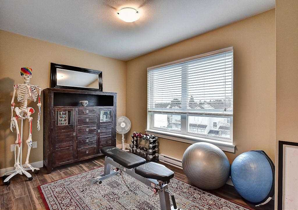 """Photo 18: Photos: 301 4815 55B Street in Delta: Hawthorne Condo for sale in """"The Pointe"""" (Ladner)  : MLS®# R2251107"""