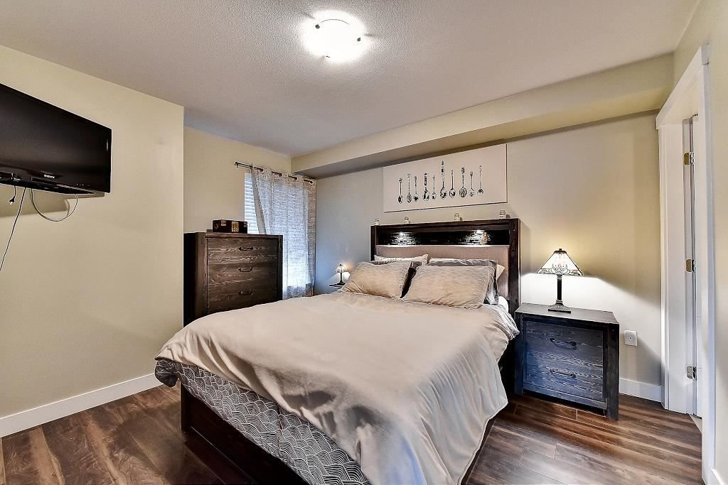 """Photo 16: Photos: 301 4815 55B Street in Delta: Hawthorne Condo for sale in """"The Pointe"""" (Ladner)  : MLS®# R2251107"""