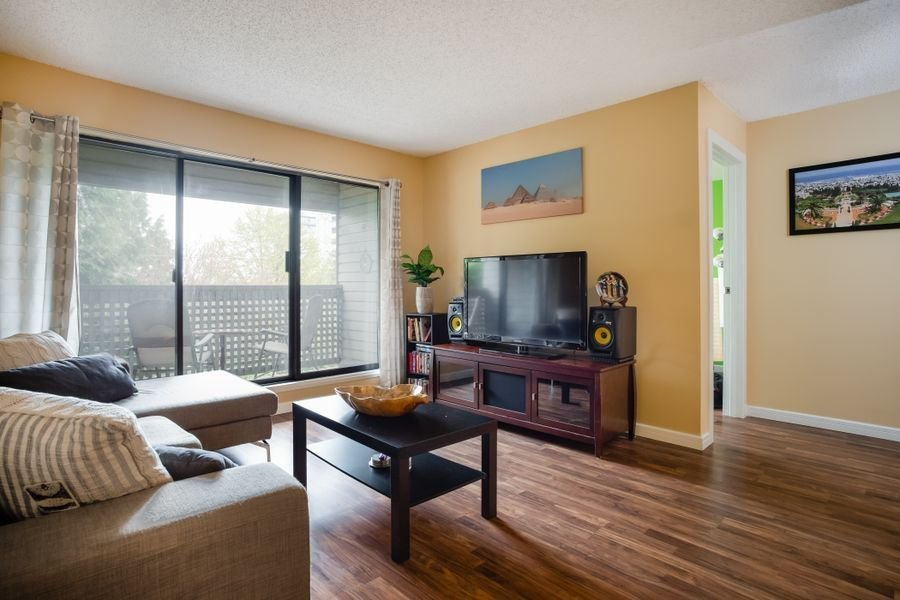 """Main Photo: 208 423 AGNES Street in New Westminster: Downtown NW Condo for sale in """"RIDGEVIEW"""" : MLS®# R2258674"""