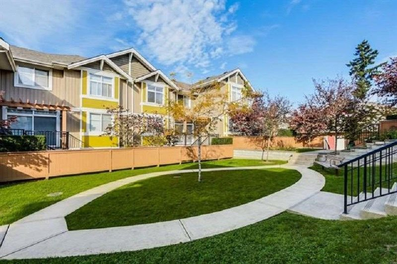 """Photo 16: Photos: 19 6036 164 Street in Surrey: Cloverdale BC Townhouse for sale in """"Arbour Village"""" (Cloverdale)  : MLS®# R2278844"""