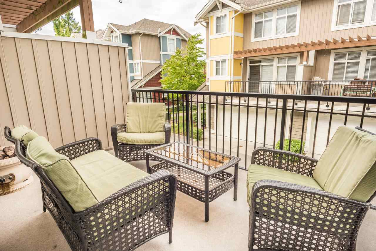 """Photo 13: Photos: 19 6036 164 Street in Surrey: Cloverdale BC Townhouse for sale in """"Arbour Village"""" (Cloverdale)  : MLS®# R2278844"""