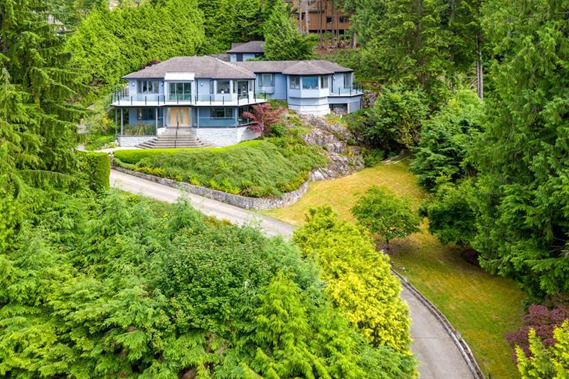 Photo 2: Photos: 3314 BEDWELL BAY Road: Belcarra House for sale (Port Moody)  : MLS®# R2358225
