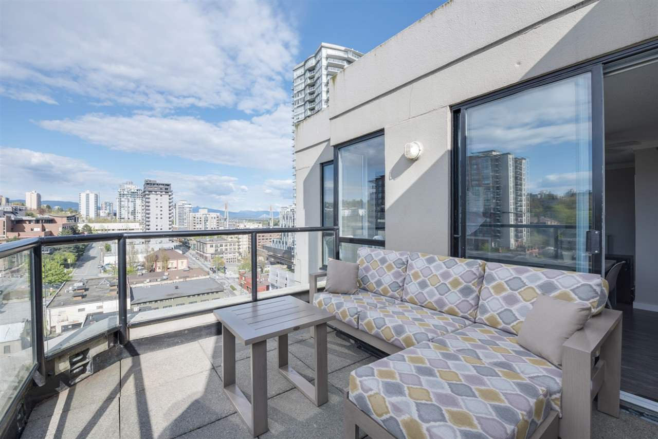 "Main Photo: PH3 828 AGNES Street in New Westminster: Downtown NW Condo for sale in ""WESTMINSTER TOWERS"" : MLS®# R2361810"