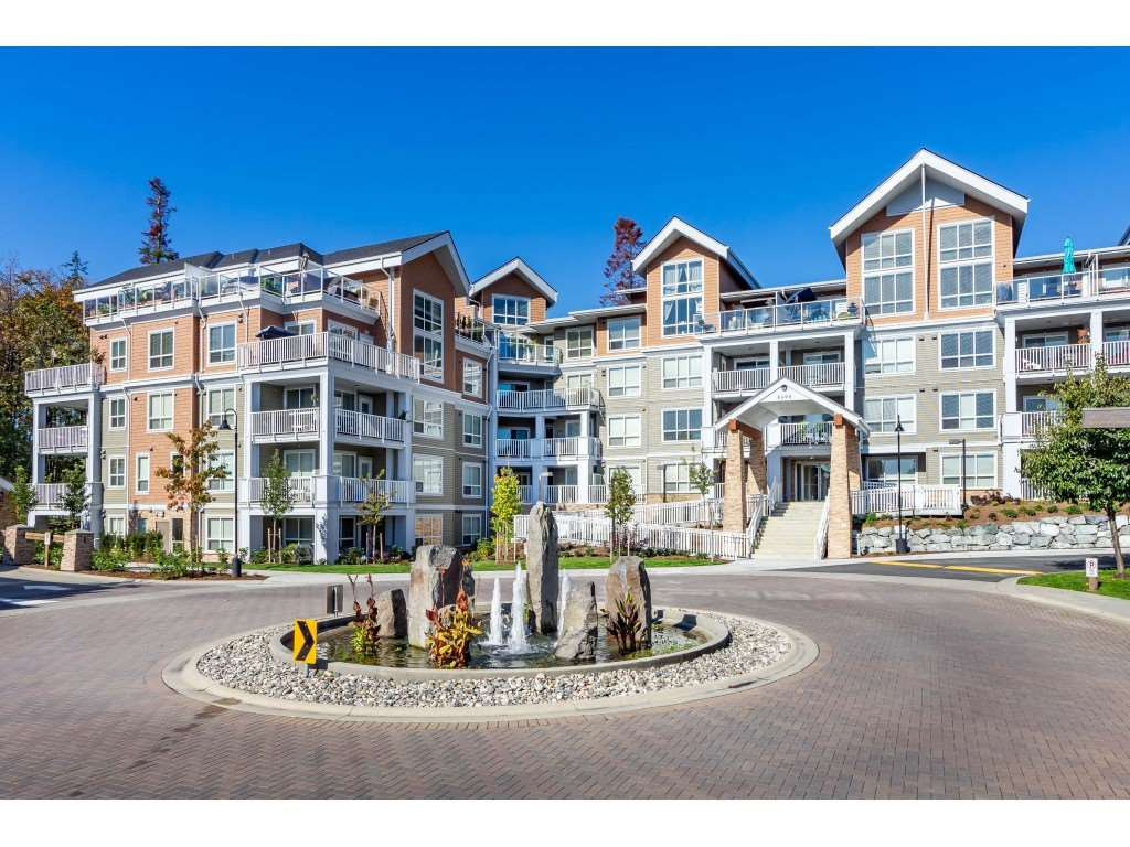 "Main Photo: 303 6490 194 Street in Surrey: Cloverdale BC Condo for sale in ""WATERSTONE"" (Cloverdale)  : MLS®# R2489141"