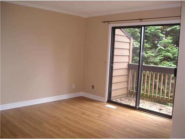Photo 4: Photos: 226 CARDIFF Way in Port Moody: College Park PM Townhouse for sale : MLS®# V876543