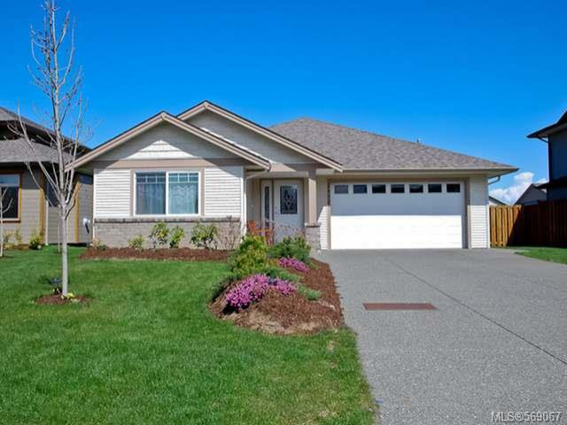 Main Photo: 2462 TIGER MOTH PLACE in COMOX: Z2 Comox (Town of) House for sale (Zone 2 - Comox Valley)  : MLS®# 569067