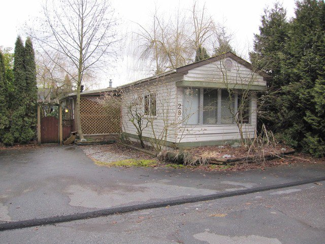 "Main Photo: 28 10221 WILSON Street in Mission: Stave Falls Manufactured Home for sale in ""Triple Creek Estates"" : MLS®# F1404304"