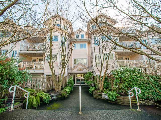 Main Photo: 202 1738 FRANCES Street in Vancouver: Hastings Condo for sale (Vancouver East)  : MLS®# V1052923