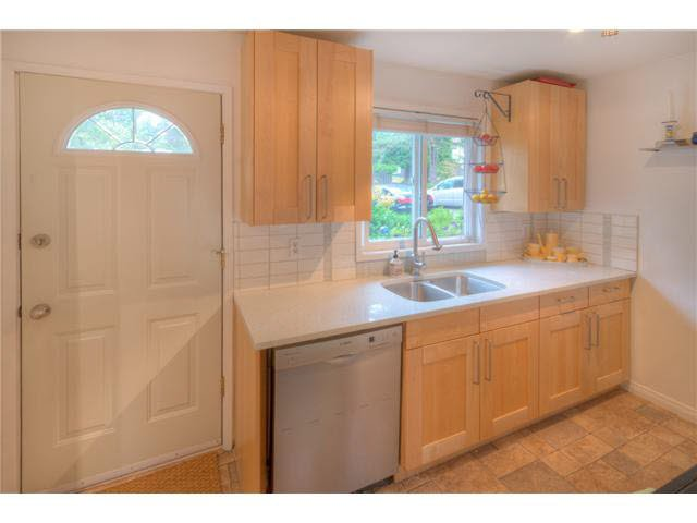 Photo 3: Photos: 8920 GANYMEDE Place in Burnaby: Simon Fraser Hills Townhouse for sale (Burnaby North)  : MLS®# V1085971