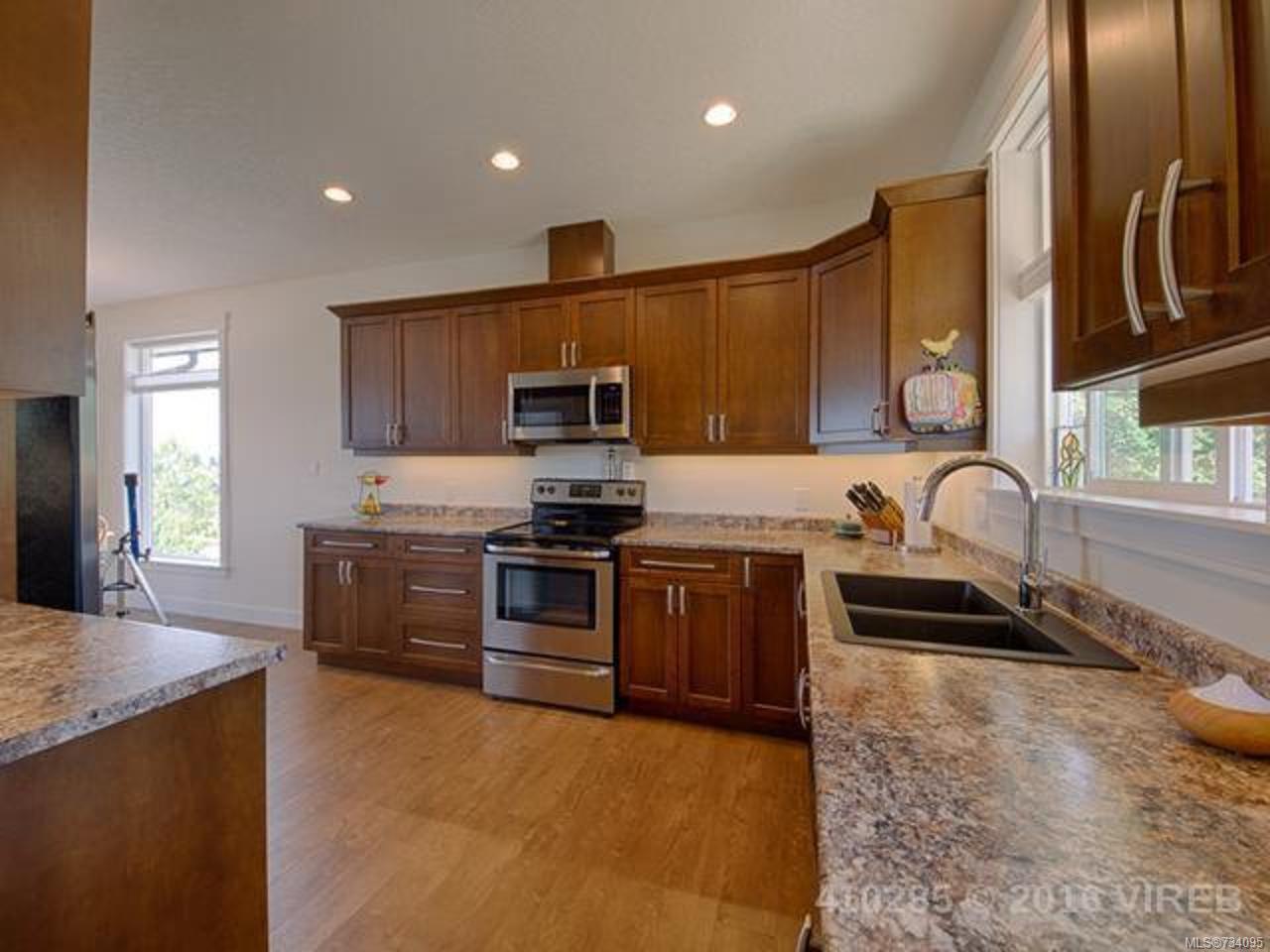 Photo 6: Photos: 189 Strathcona Way Campbell River Real Estate Properties British Columbia Remax Check Realty