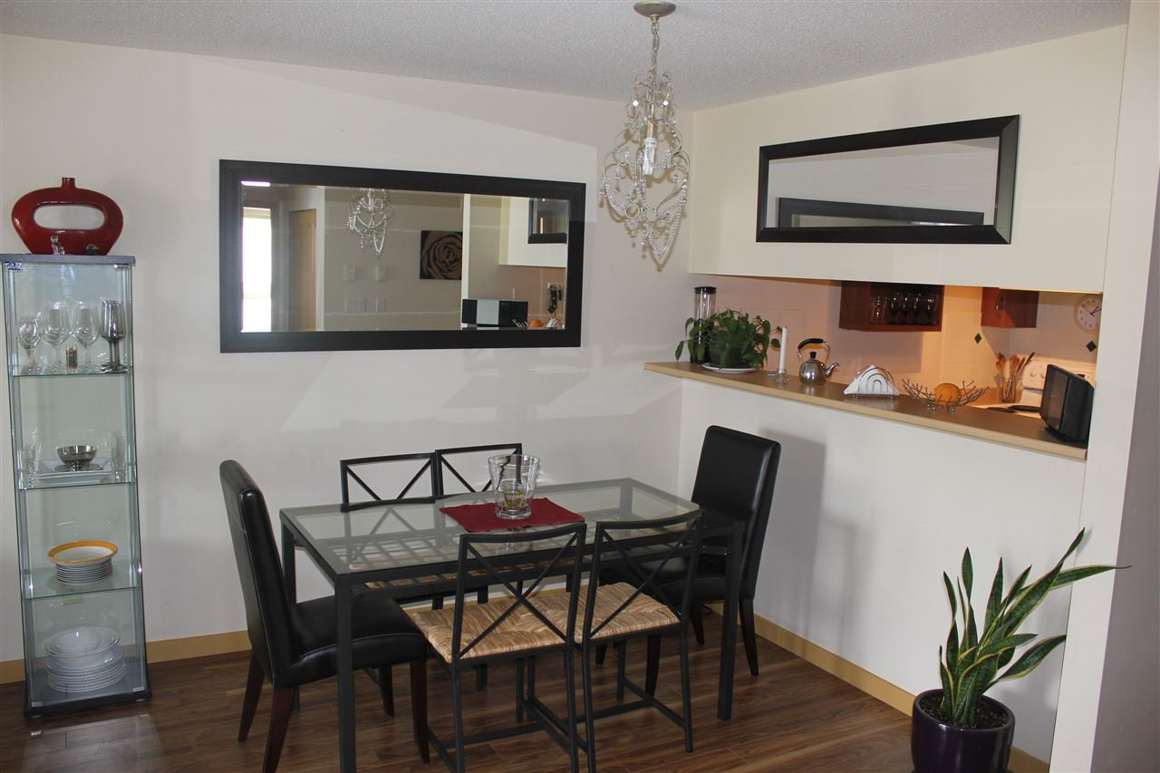 Photo 5: Photos: 205 38003 SECOND Avenue in Squamish: Downtown SQ Condo for sale : MLS®# R2082521