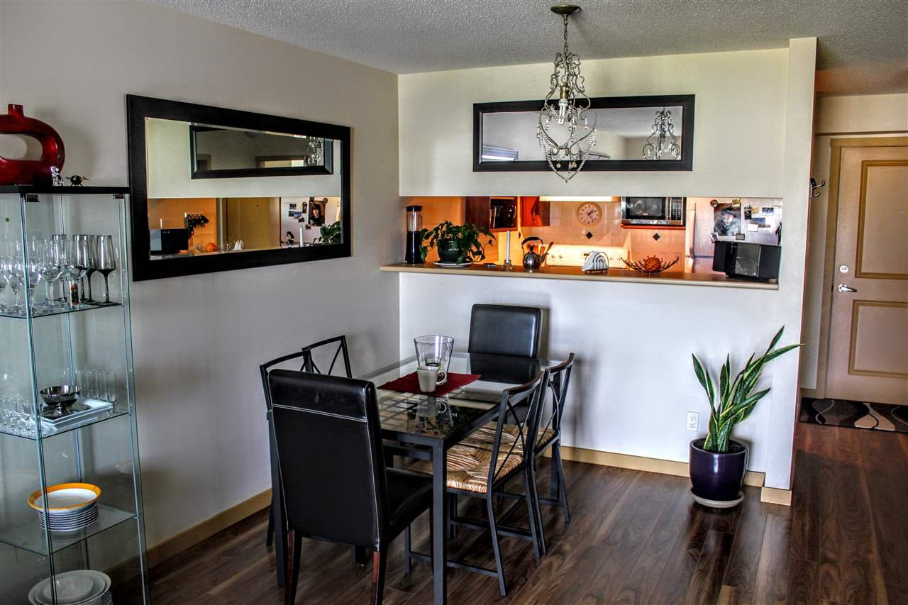 Photo 3: Photos: 205 38003 SECOND Avenue in Squamish: Downtown SQ Condo for sale : MLS®# R2082521