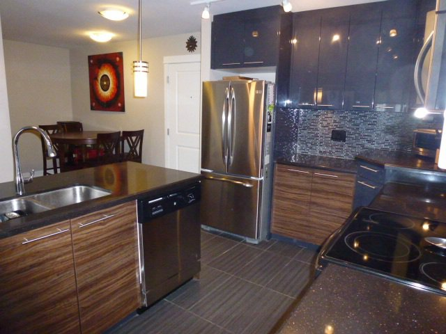 "Photo 4: Photos: 224 12039 64 Avenue in Surrey: West Newton Condo for sale in ""LUXOR"" : MLS®# R2157023"