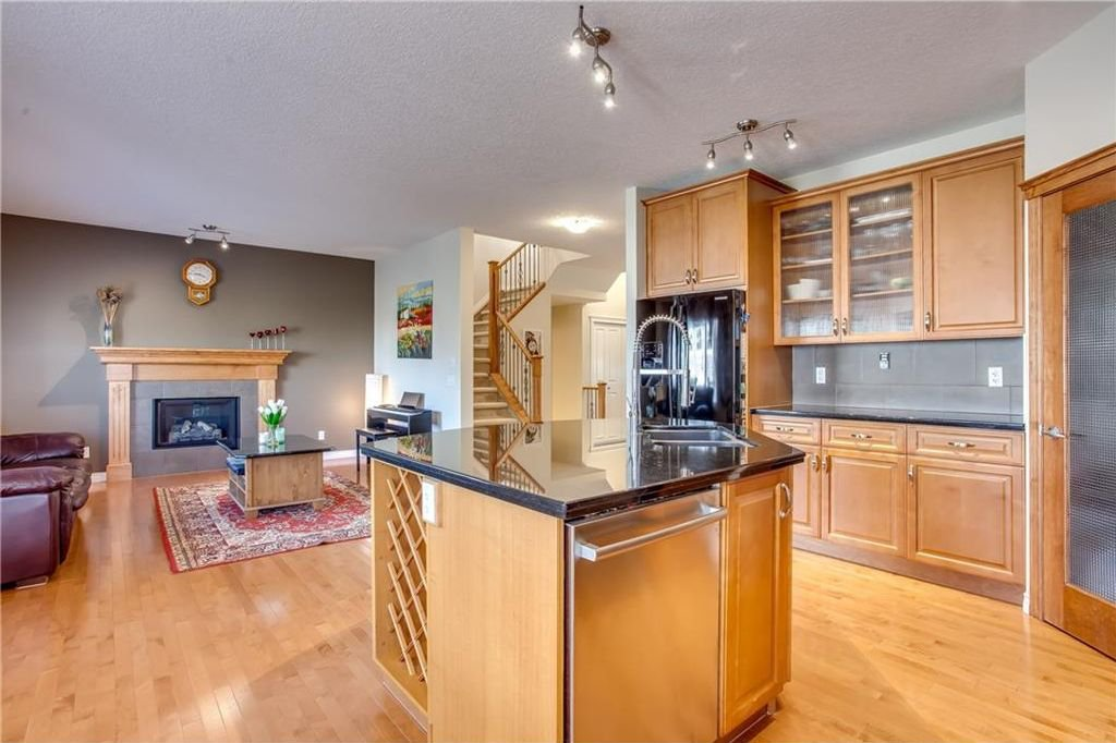 Photo 15: Photos: 14 SILVERADO SKIES Crescent SW in Calgary: Silverado House for sale : MLS®# C4140559