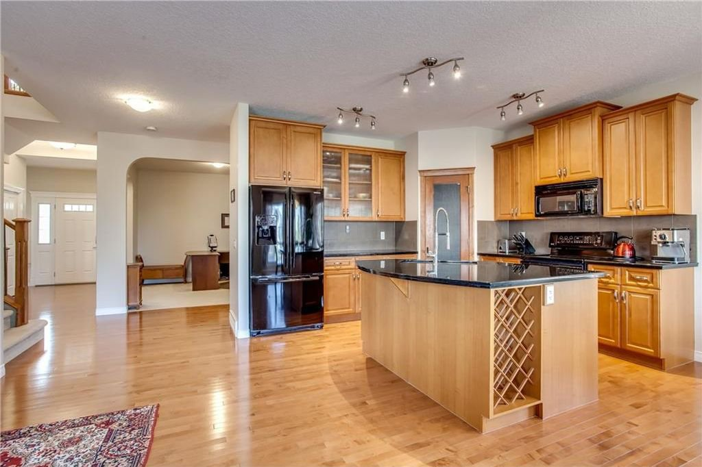 Photo 14: Photos: 14 SILVERADO SKIES Crescent SW in Calgary: Silverado House for sale : MLS®# C4140559