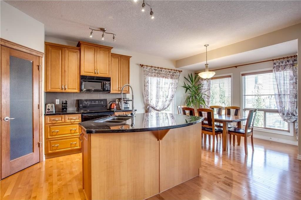Photo 12: Photos: 14 SILVERADO SKIES Crescent SW in Calgary: Silverado House for sale : MLS®# C4140559