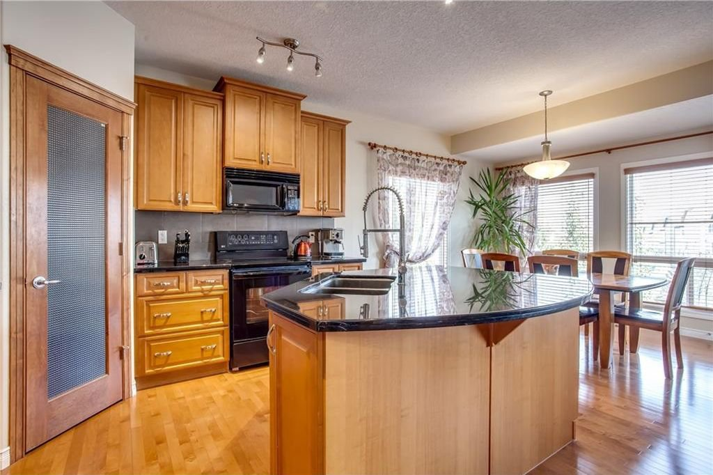 Photo 17: Photos: 14 SILVERADO SKIES Crescent SW in Calgary: Silverado House for sale : MLS®# C4140559