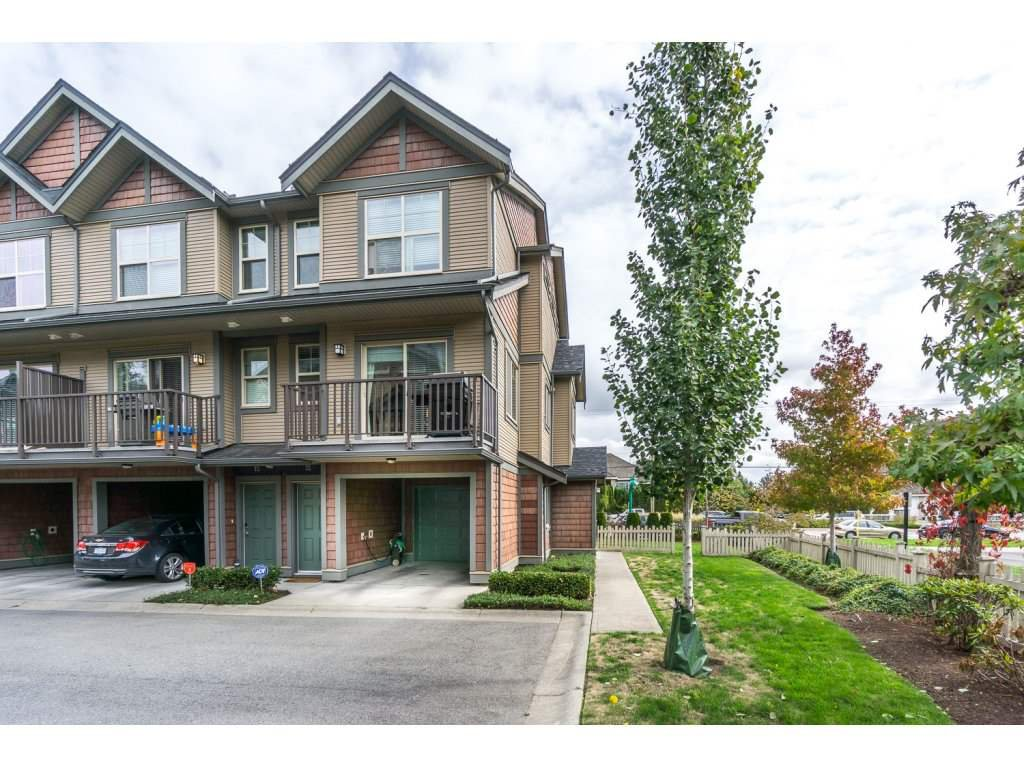 "Main Photo: 72 7121 192 Street in Surrey: Clayton Townhouse for sale in ""ALLEGRO"" (Cloverdale)  : MLS®# R2212917"