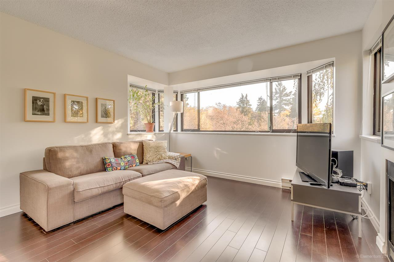 """Main Photo: 20 3437 W 4TH Avenue in Vancouver: Kitsilano Townhouse for sale in """"Waterwood Court"""" (Vancouver West)  : MLS®# R2221061"""