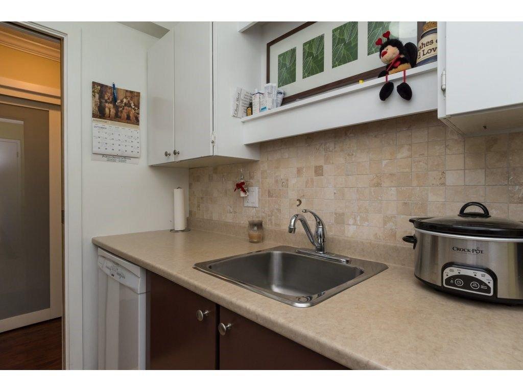 Photo 6: Photos: 110 13501 96 AVENUE in Surrey: Whalley Condo for sale (North Surrey)  : MLS®# R2210899