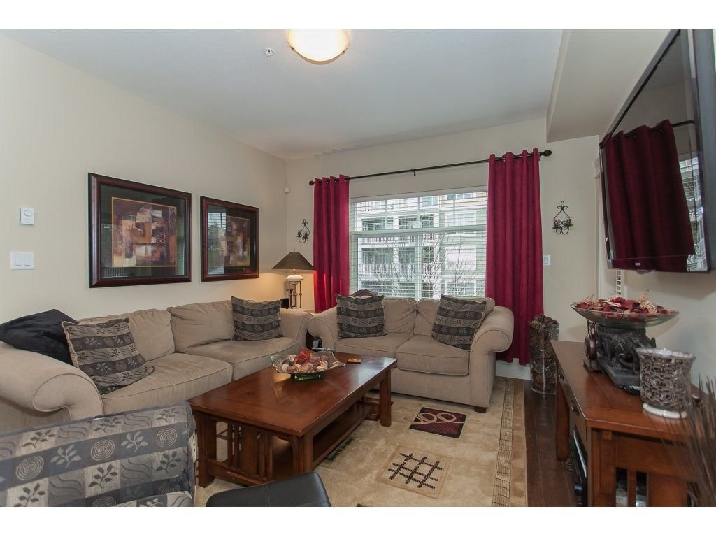 """Photo 10: Photos: 302 19530 65 Avenue in Surrey: Clayton Condo for sale in """"WILLOW GRAND"""" (Cloverdale)  : MLS®# R2239638"""