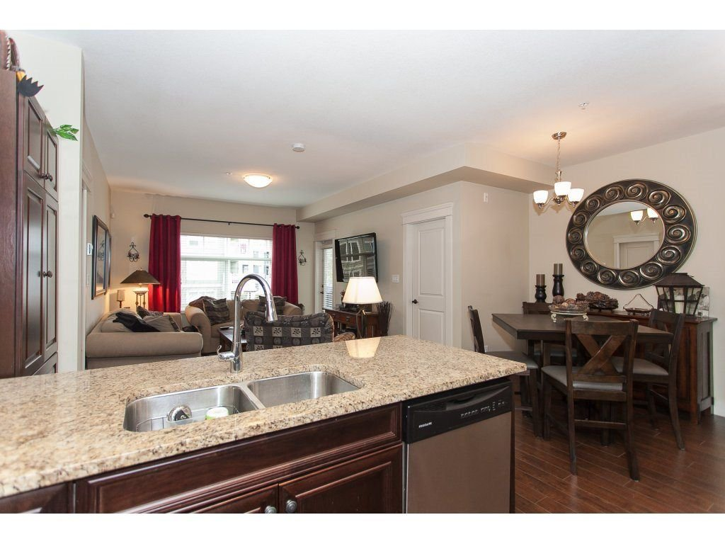 """Photo 6: Photos: 302 19530 65 Avenue in Surrey: Clayton Condo for sale in """"WILLOW GRAND"""" (Cloverdale)  : MLS®# R2239638"""