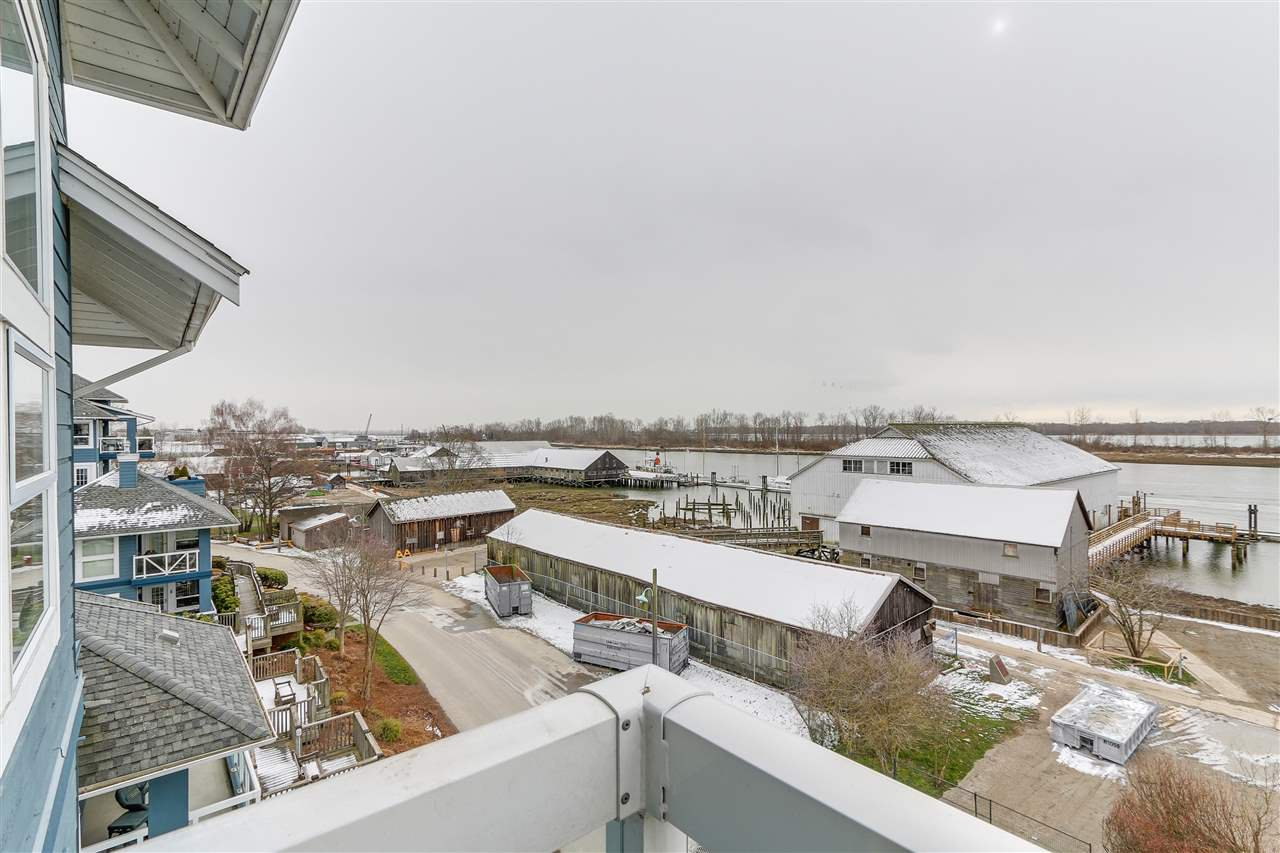 "Photo 17: Photos: 412 12911 RAILWAY Avenue in Richmond: Steveston South Condo for sale in ""THE BRITANNIA"" : MLS®# R2245014"