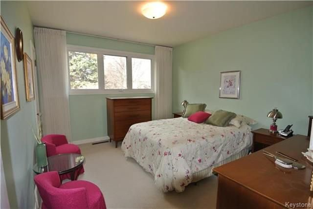 Photo 8: Photos: 410 Cabana Place in Winnipeg: Residential for sale (2A)  : MLS®# 1810085