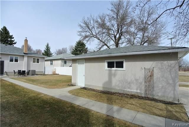 Photo 19: Photos: 410 Cabana Place in Winnipeg: Residential for sale (2A)  : MLS®# 1810085