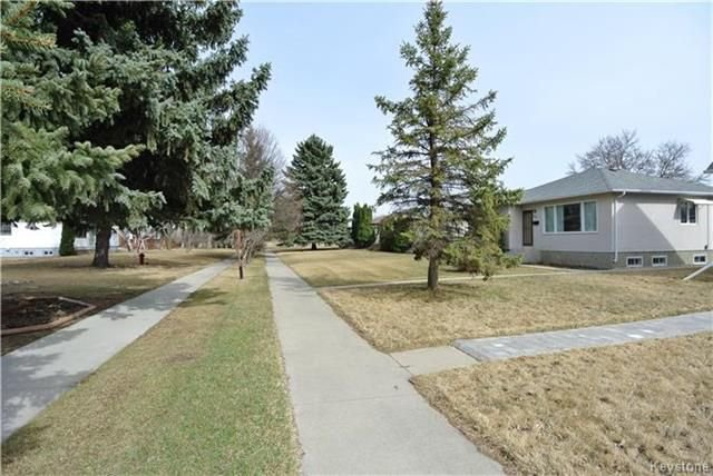 Photo 3: Photos: 410 Cabana Place in Winnipeg: Residential for sale (2A)  : MLS®# 1810085
