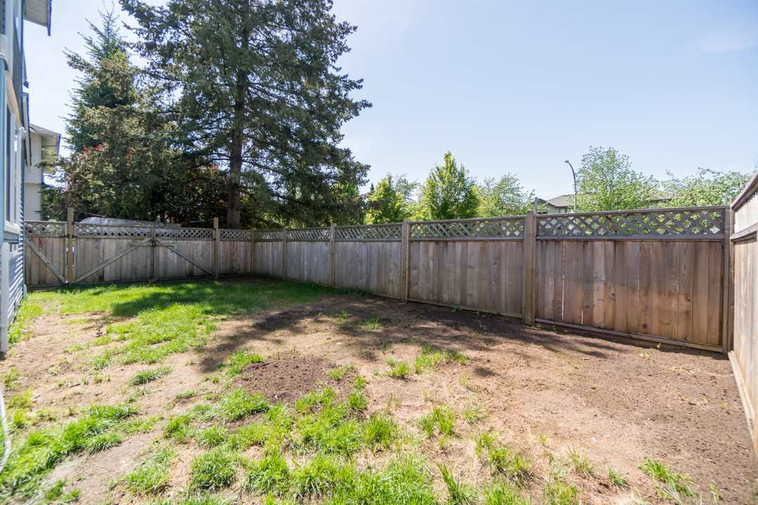 Photo 19: Photos: 5 19236 119 Avenue in Pitt Meadows: Central Meadows Townhouse for sale : MLS®# R2268523
