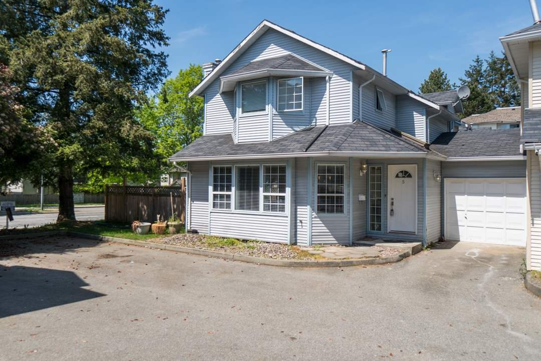 Photo 20: Photos: 5 19236 119 Avenue in Pitt Meadows: Central Meadows Townhouse for sale : MLS®# R2268523